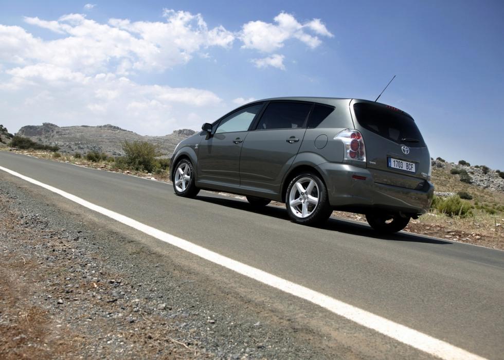 Toyota Corolla: цена, технические характеристики, фото ...